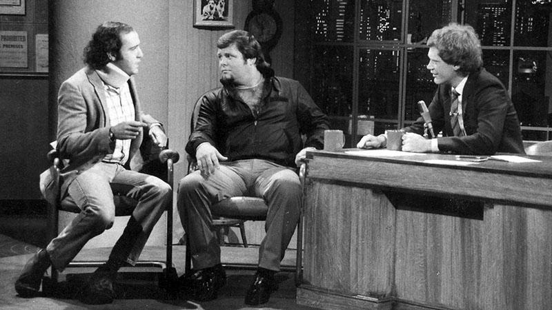 """Andy Kaufman és Jerry """"The King"""" Lawler David Letterman műsorában"""