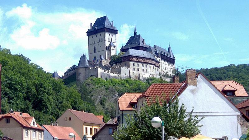 Karlstein gótikus vára (Csehország)