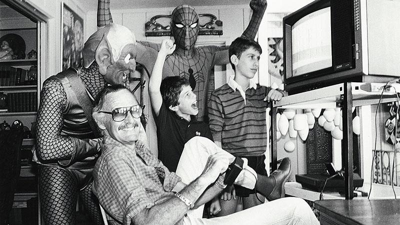 Stan Lee, aki megalkotta Pókember háttértörténetét