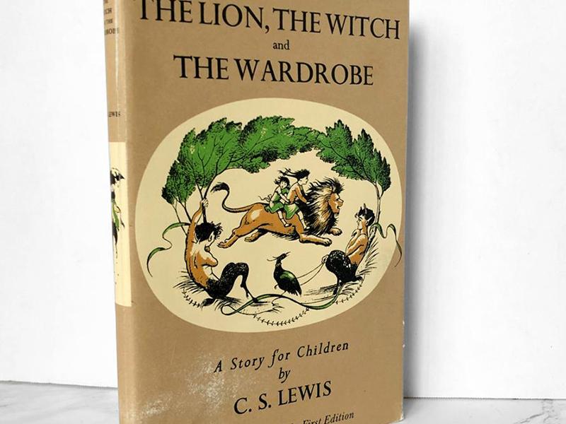 C. S. Lewis: Az oroszlán, a boszorkány és a ruhásszekrény