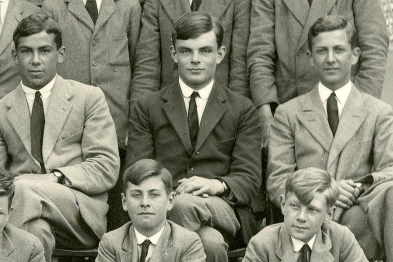 Turing az iskolában