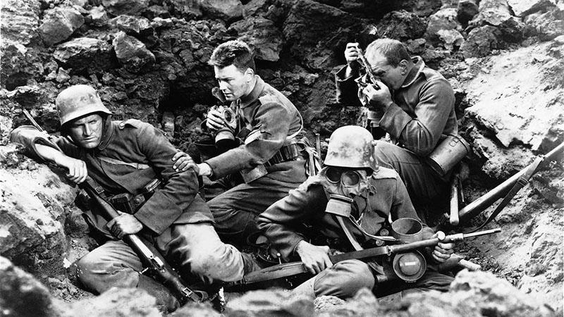 Részlet az első, 1930-as filmfeldolgozásból