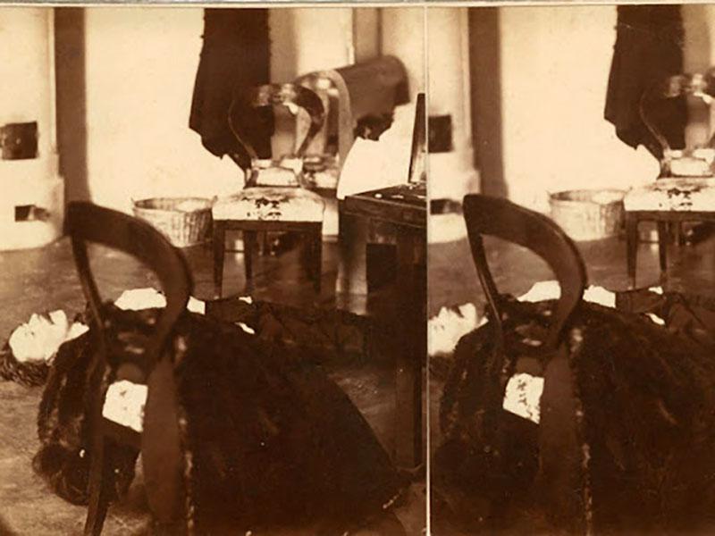Az első helyszíni fotográfia a halott Teleki grófról