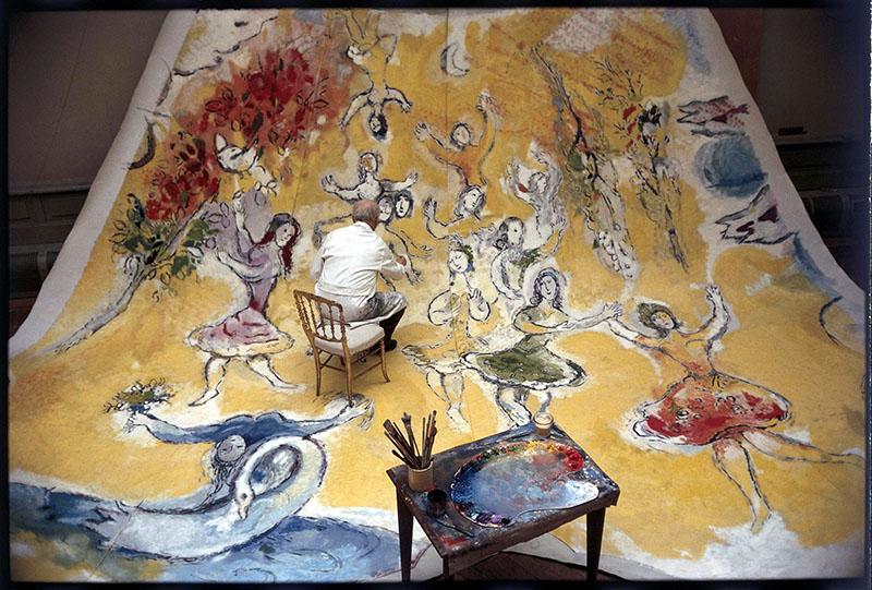 Chagall A hattyúk tavát festi