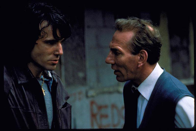 Az Apám nevében című filmben, Pete Postlethwaite partnereként