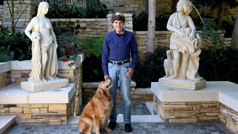Koontz számtalan regényében nagy szerepet ad a kutyáknak