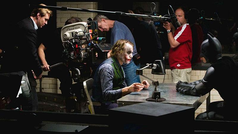 Christopher Nolan koordinálja A sötét lovag egyik legjobb jelenetét
