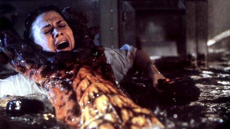 Mélytengeri szörnyeteg (1989)
