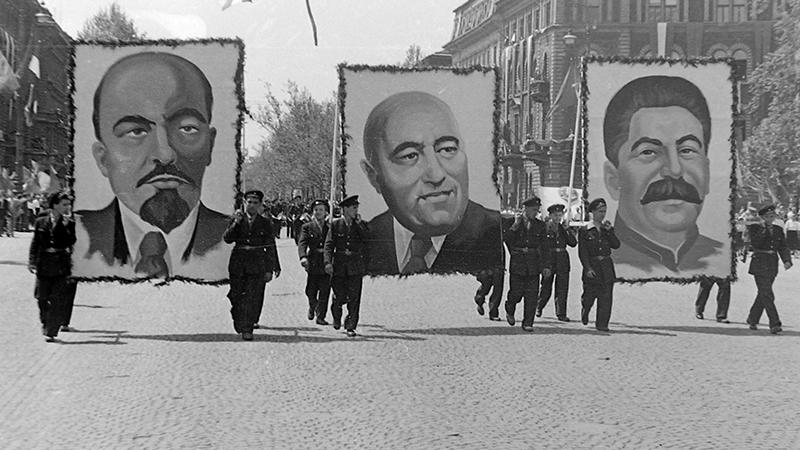A koncepciós perek a köztudatban összenőttek a kommunista rendszerrel