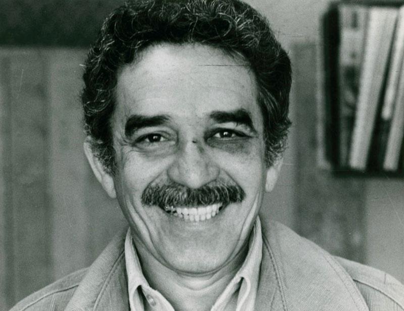 A monokli, Mario Vargas Llosa ökle nyoma