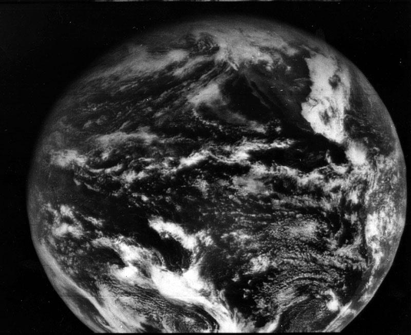 Az ATS-1 műhold által készített fotó bolygónkról, 1966-ból
