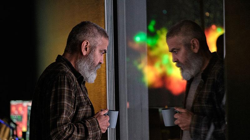 Clooney nem csak a főszerepet, de a rendezést is magára vállalta