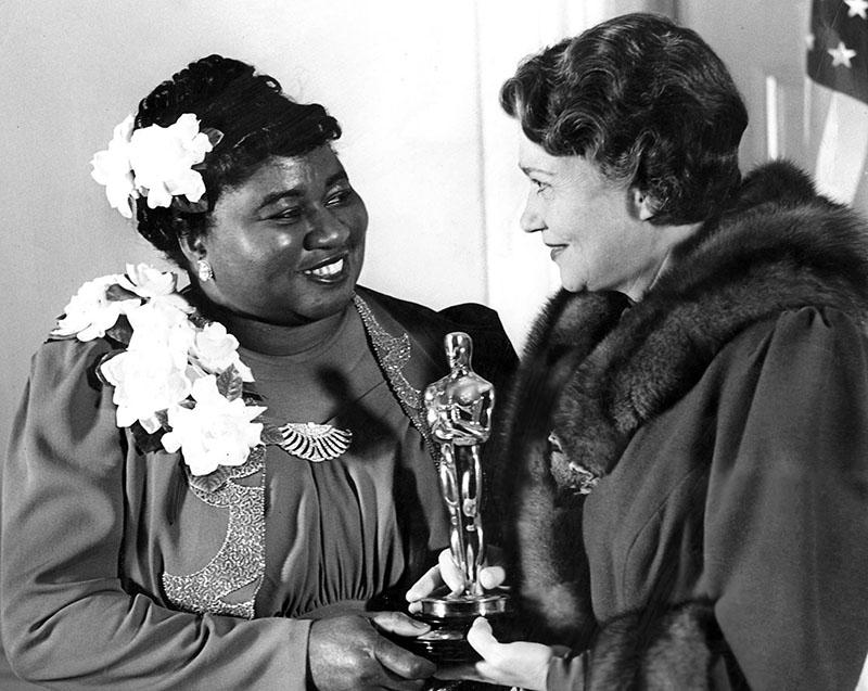 Hattie McDaniel az első afro-amerikai Oscar-díjas színész