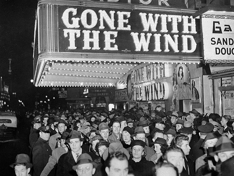 A premier 1939. december 15-én