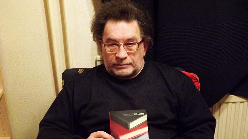 Gy. Horváth László John Williams Stonerének eredeti amerikai kiadásával