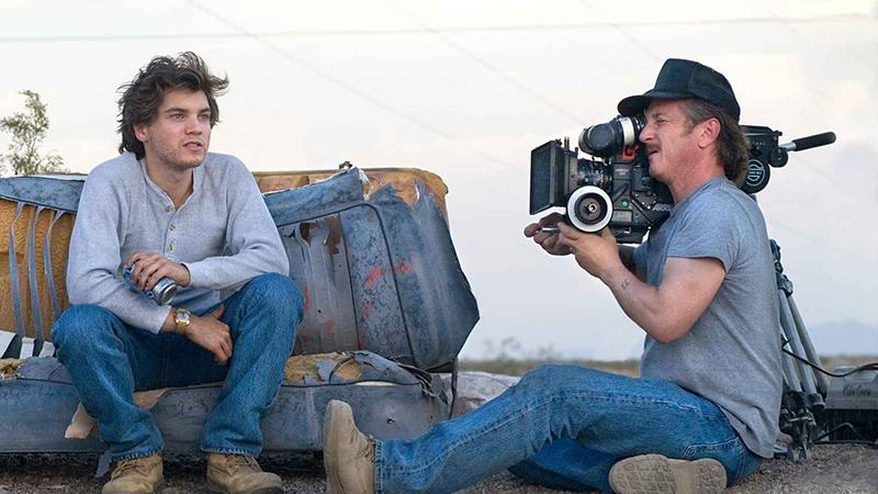 Sean Penn az Út a vadonba forgatásán