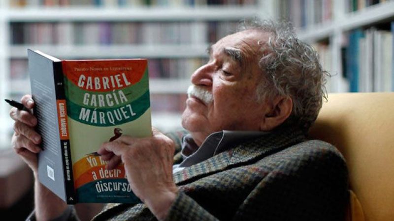 Marquez kivételesen saját regényének olvasása közben