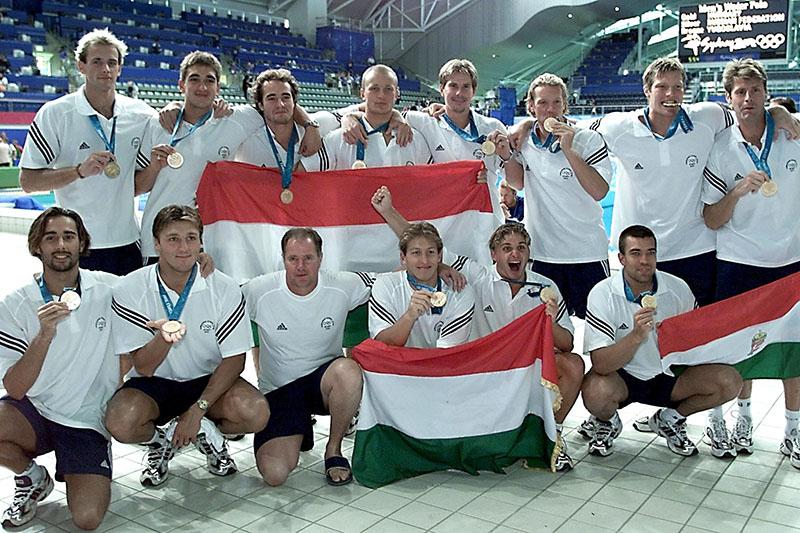 A Sydney-csapat 2000-ben a döntő után