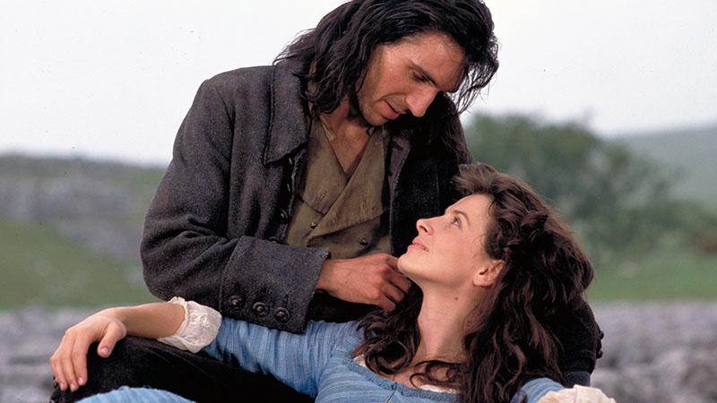 A regény 1992-es változata Ralph Fiennes és Juliette Binoche főszereplésével