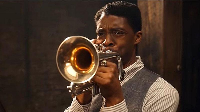 Chadwick Boseman Leeve szerepében