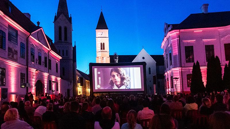 A fesztivál június 23 és június 26 közt várja a magyar mozi szerelmeseit