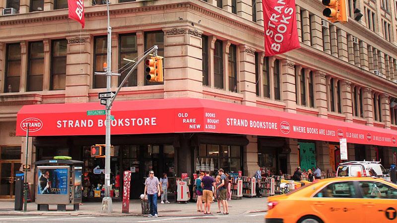 Az immáron 93 éves Strand könyvesbolt