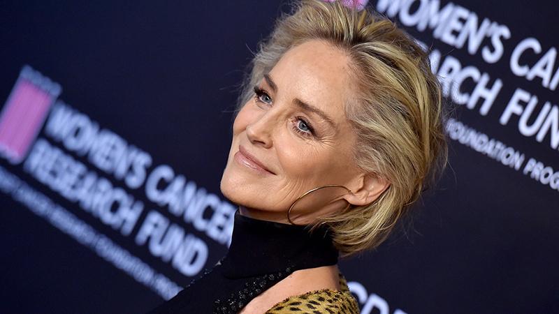 Sharon Stone szabadszájú stílusban vall élete kihívásairól