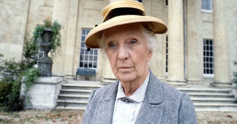 Joan Hickson Miss Marple szerepében