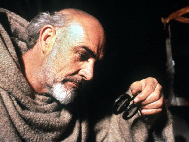 Sean Connery az 1986-os A rózsa neve című filmben, mint Baskerville-i Vilmos