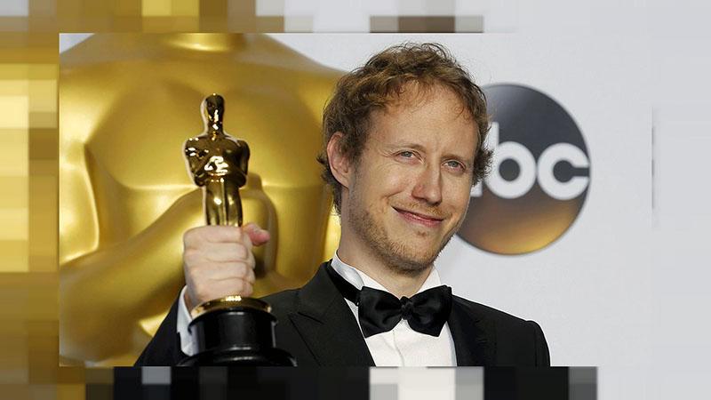 Nemes Jeles László a Saul fiáért kapott Oscar-szoborral