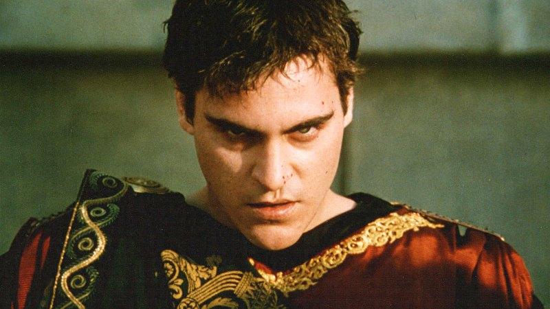 Joaquin Phoenix, mint Commodus császár (Gladiátor)