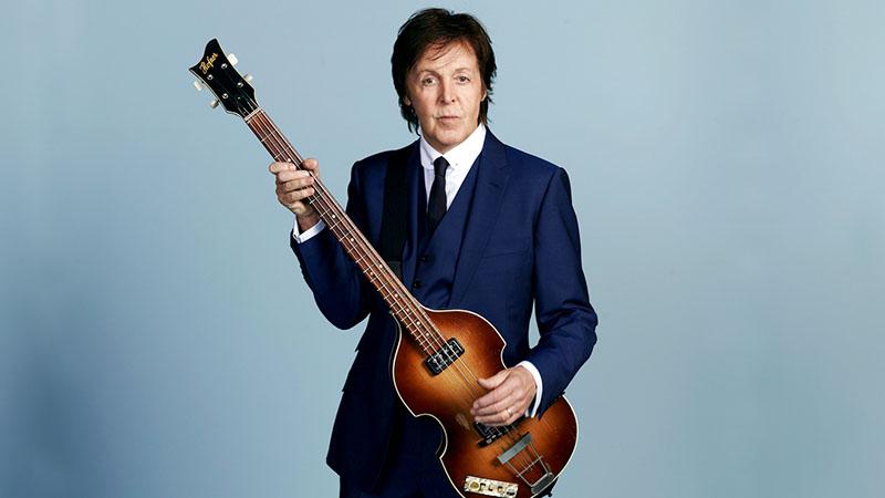 Paul McCartney 154 dalon át eleveníti fel karrierjét