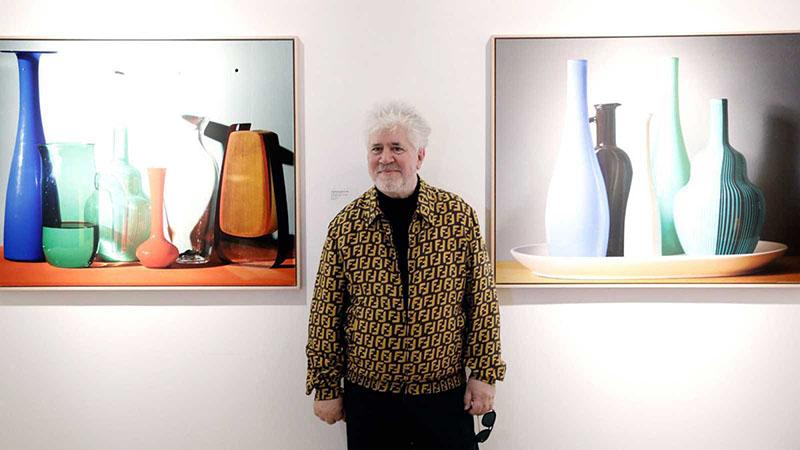 Pedro Almodóvar festőművésznek állt