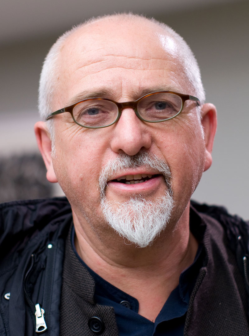 Peter Gabriel-portré