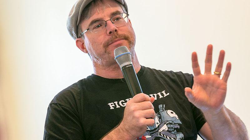 Andy Weir A marsi szerzője szerkesztőbrigáddá tette az olvasóit