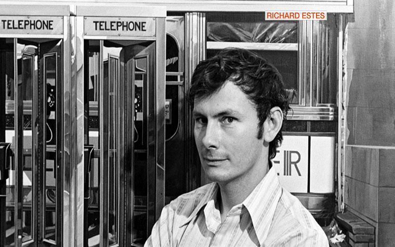 Estes és leghíresebb műve, a Telefonfülkék