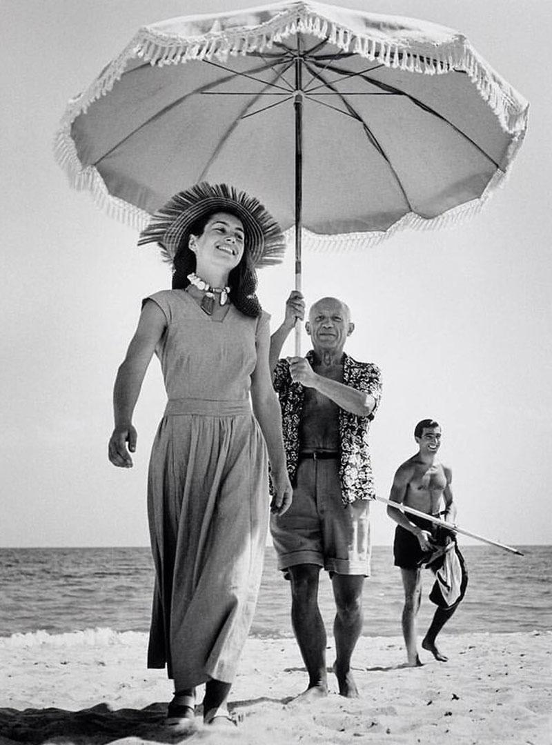Pablo Picasso-val a tengerparton