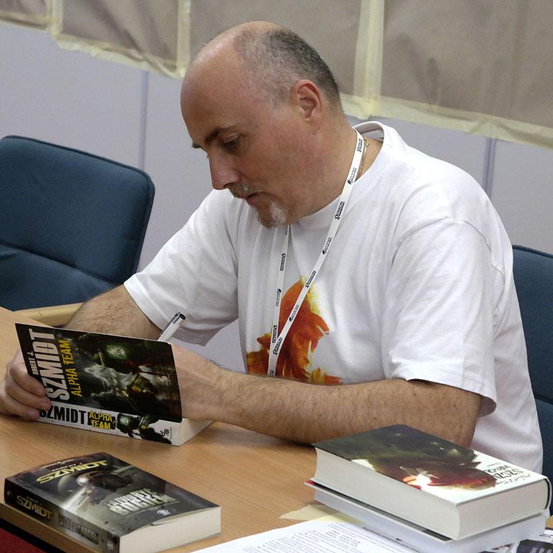 Robert J. Szmidt interjú
