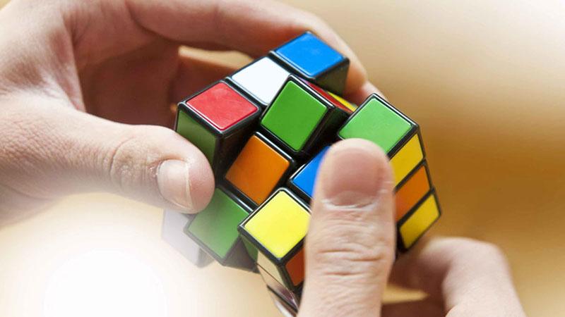 Film készül a Rubik-kockáról, és annak atyjáról