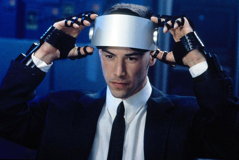 Belépés a virtuális valóságba a Johnny Mnenomic című filmben