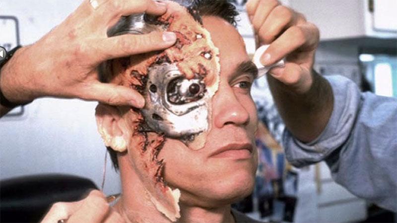 Schwarzenegger maszkjának elkészítése minden reggel közel 5 órát vett igénybe