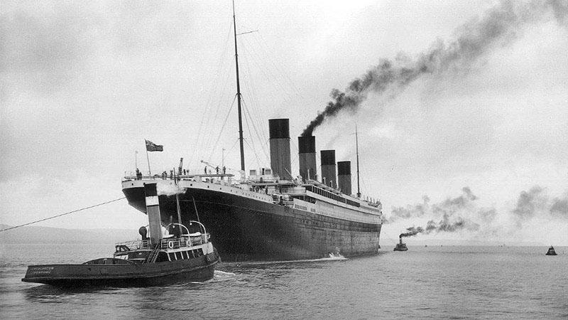 A hajó kifut