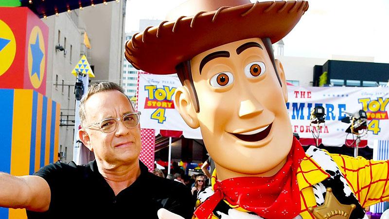 Tom Hanks szerint a titok nyitja az optimizmus és a kedvesség