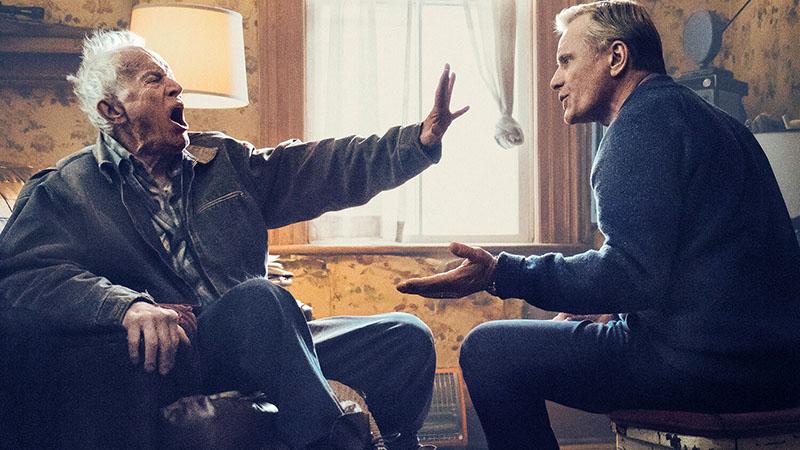 Viggo Mortensen Lance Henricksennel játszik apa-fiú párost
